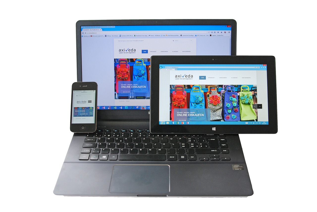 Her kan man se en nettside som er tilpasset til alle typer maskiner som PC,mobil,ipad
